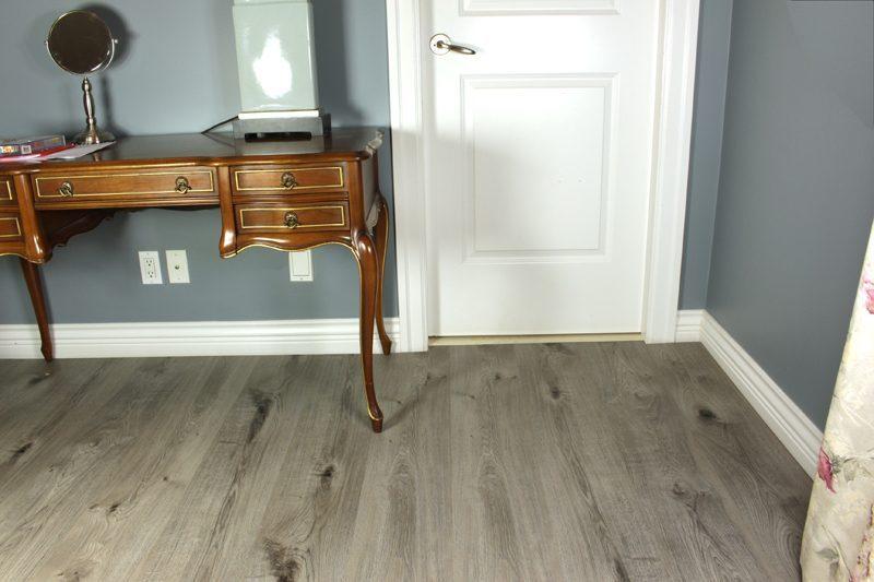 Vinyl Wood Plank Flooring Cork Barn Wood 16 28 Sq Ft