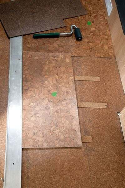 trailer flooring cork tiles installation